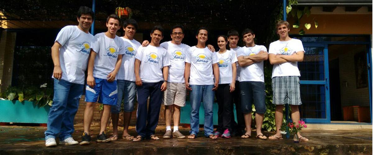 Jóvenes Casa Virgen Caacupé CESAL Paraguay