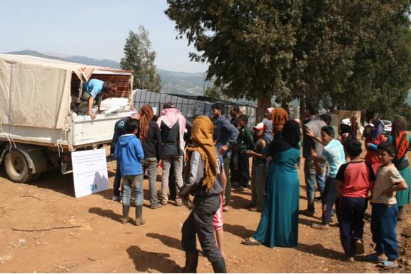 Distribución de alimentos y enseres refugiados Líbano