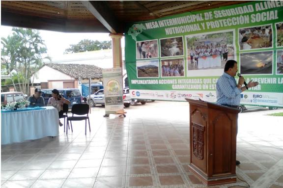 Presentación en la II Feria Honduras