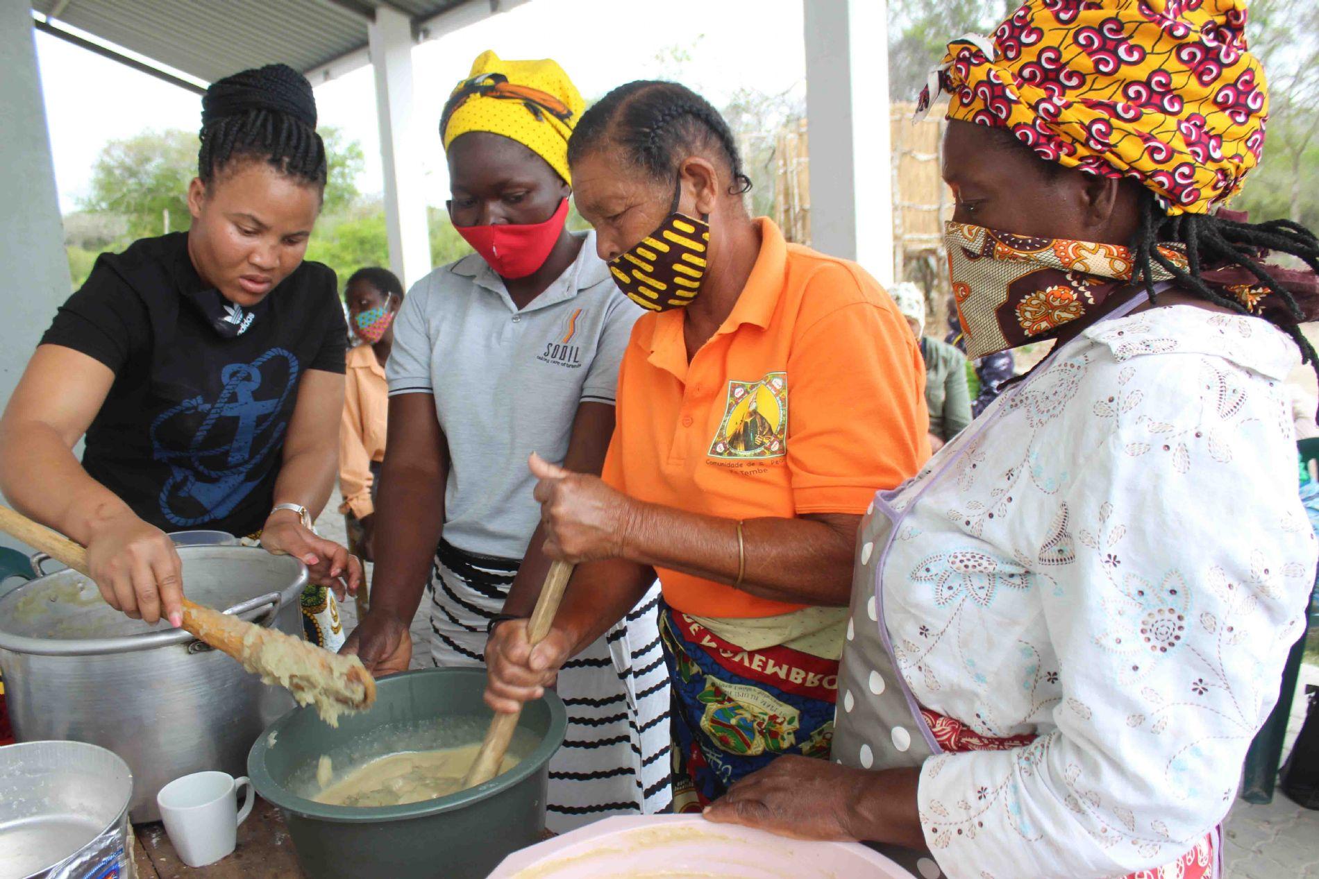 MUJERES EMPRENDEDORAS EN MOZAMBIQUE
