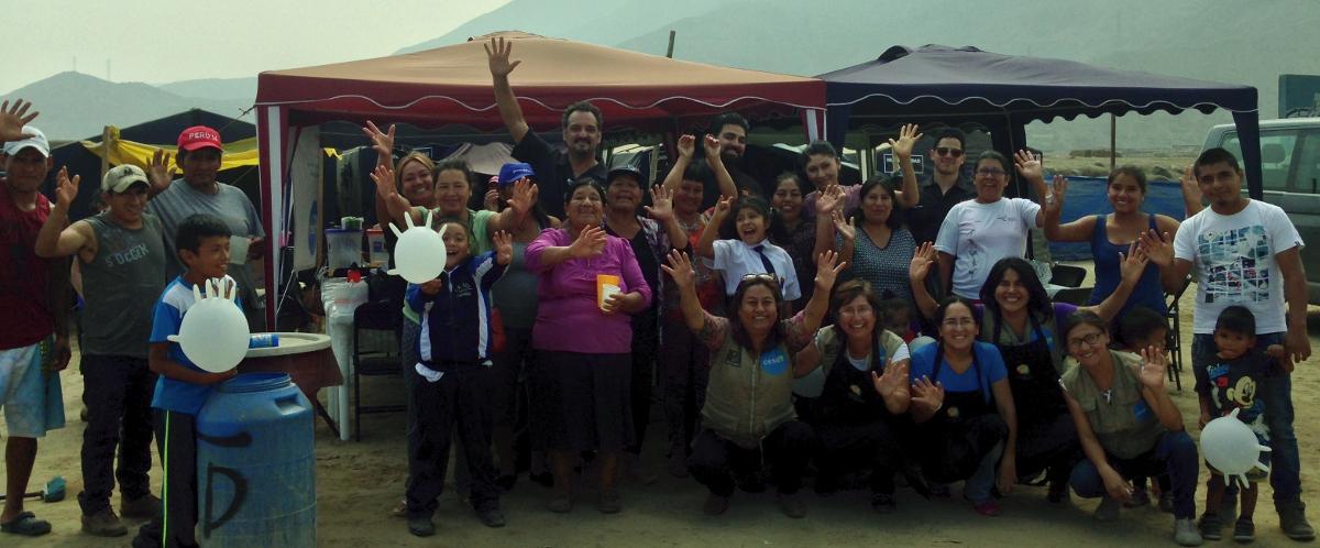 Foto grupal asentamiento carapongo