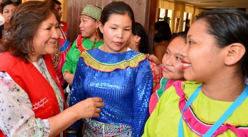 mujeres foro indigenas