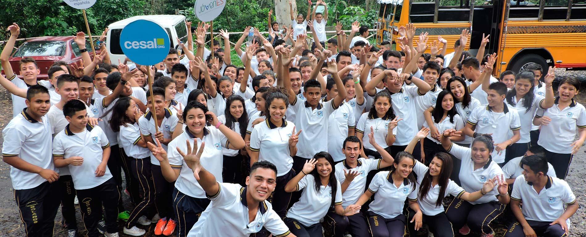 Jóvenes en El Salvador